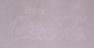 Enjoy Coca Cola marca al agua